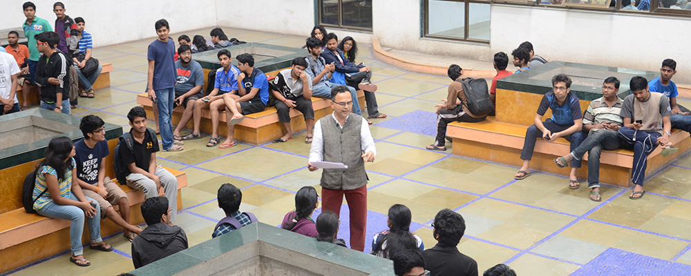 More than 160 students have signed up for the Minor in Design course which is taught by Prof. Chakravarthy. They are introduced to Design and the role that it plays in making difference in the quality of all our lives.