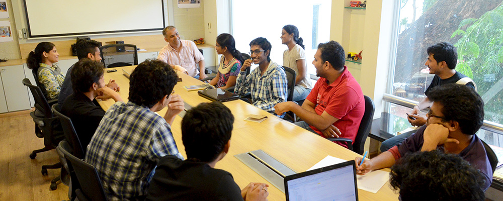Prof. Anirudha discussing with Intern on 16th June, 2015 at IDC
